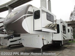Used 2013  Keystone Mountaineer 375FLF by Keystone from PPL Motor Homes in Houston, TX