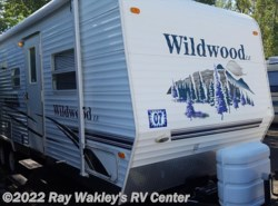 Used 2007  Forest River Wildwood 27BH by Forest River from Ray Wakley's RV Center in North East, PA