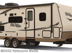 New 2017  Forest River Flagstaff Micro Lite 25BHS by Forest River from Restless Wheels RV Center in Manassas, VA