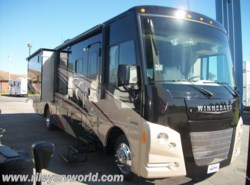 Used 2015  Winnebago Vista 35B by Winnebago from Riley's RV World in Mayfield, KY