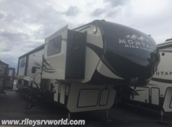 New 2017  Keystone Montana High Country 381TH by Keystone from Riley's RV World in Mayfield, KY