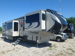 New 2017  Grand Design Solitude 379FL by Grand Design from McClain's RV Rockwall in Rockwall, TX