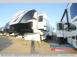New 2017  Dutchmen Voltage V3975 by Dutchmen from ExploreUSA RV Supercenter - MESQUITE, TX in Mesquite, TX