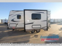 New 2017  Forest River Flagstaff Micro Lite 21DS by Forest River from ExploreUSA RV Supercenter - MESQUITE, TX in Mesquite, TX