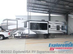 New 2017  Grand Design Momentum 399TH by Grand Design from ExploreUSA RV Supercenter - SAN ANTONIO, TX in San Antonio, TX
