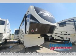 New 2017  Heartland RV Big Country 3560 SS by Heartland RV from ExploreUSA RV Supercenter - SAN ANTONIO, TX in San Antonio, TX