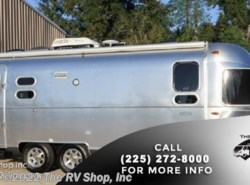 New 2016  Airstream Flying Cloud 25FB by Airstream from The RV Shop, Inc in Baton Rouge, LA