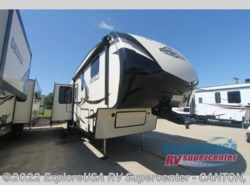 New 2016  Dutchmen Denali 307RLS by Dutchmen from ExploreUSA RV Supercenter - CANTON, TX in Wills Point, TX