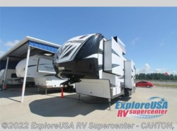 New 2017  Dutchmen Voltage V3605 by Dutchmen from ExploreUSA RV Supercenter - CANTON, TX in Wills Point, TX