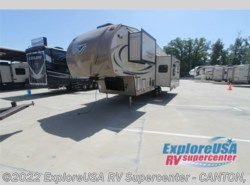 New 2017  Forest River Flagstaff Classic Super Lite 8528RLIKWS by Forest River from ExploreUSA RV Supercenter - CANTON, TX in Wills Point, TX