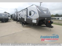 New 2017  CrossRoads Zinger ZT27RL by CrossRoads from ExploreUSA RV Supercenter - CANTON, TX in Wills Point, TX