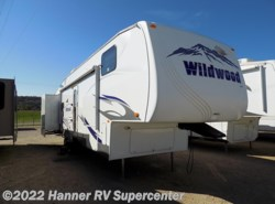 Used 2010  Forest River Wildwood Heritage Glen 326BSTS by Forest River from Hanner RV Supercenter in Baird, TX