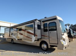 Used 2015  Fleetwood Discovery 40G by Fleetwood from National Indoor RV Centers in Lewisville, TX