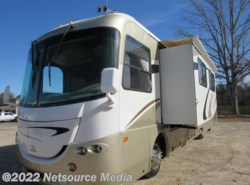 Used 2005  Coachmen Cross Country 370D by Coachmen from Karolina Koaches in Piedmont, SC