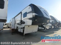 New 2017  Dutchmen Voltage V3305 by Dutchmen from ExploreUSA RV Supercenter - FT. WORTH, TX in Ft. Worth, TX