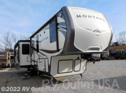 New 2016  Keystone Montana 3611RL by Keystone from RV Outlet USA in Ringgold, VA