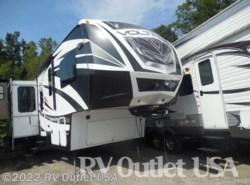 Used 2014  Dutchmen Voltage 3895