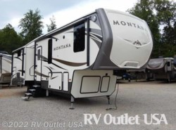 New 2017  Keystone Montana 3160RL by Keystone from RV Outlet USA in Ringgold, VA