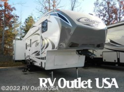 Used 2014  Keystone Cougar 318SAB by Keystone from RV Outlet USA in Ringgold, VA