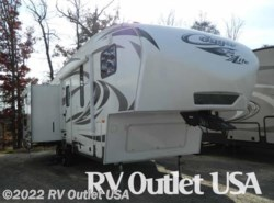 Used 2013  Keystone Cougar 28SGS by Keystone from RV Outlet USA in Ringgold, VA
