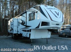 Used 2012  Dutchmen Voltage 3950 by Dutchmen from RV Outlet USA in Ringgold, VA