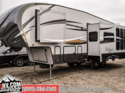 Used 2015  Forest River Wildcat  by Forest River from Dennis Dillon RV & Marine Center in Boise, ID