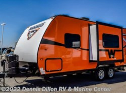 Used 2015  Winnebago Minnie