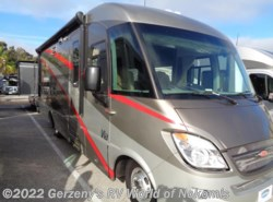 Used 2010  Winnebago Via  by Winnebago from RV World Inc. of Nokomis in Nokomis, FL