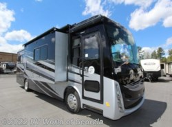 New 2017  Tiffin  32BR by Tiffin from RV World of Georgia in Buford, GA