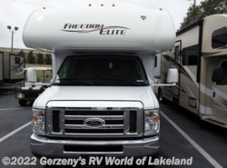 Used 2016  Thor  Freedom Elite by Thor from RV World of Lakeland in Lakeland, FL