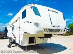 Used 2007  Keystone Fuzion 362 by Keystone from Texas RV Outlet in Willow Park, TX