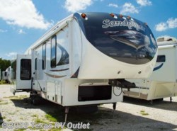 Used 2014  Forest River Sandpiper 355RE by Forest River from Texas RV Outlet in Willow Park, TX