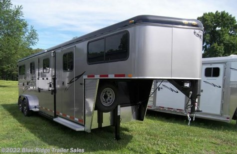 2018 Hawk Trailers Elite GN, 2+1 with dress, door from horse area into dres