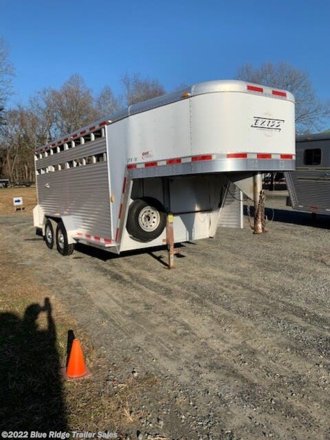 2003 Exiss 7'x7' w/Single Rear Door and Slider