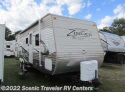 Used 2014  CrossRoads Zinger ZT32QB by CrossRoads from Scenic Traveler RV Centers in Baraboo, WI