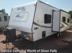 Used 2015  Micro-Lite  25RKS by Micro-Lite from Spader's RV Center in Sioux Falls, SD