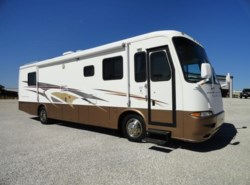 Used 2002  Newmar Kountry Star 3677 by Newmar from Crandell Motor Sports in Denton, TX