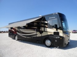 Used 2014  Fleetwood Excursion 35B by Fleetwood from Crandell Motor Sports in Denton, TX