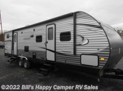 Used 2017  Coachmen Catalina 323BHDS CK by Coachmen from Bill's Happy Camper RV Sales in Mill Hall, PA