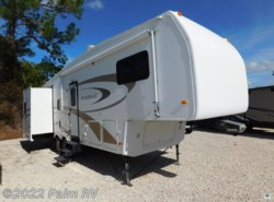 Used 2006  Nu-Wa Hitchhiker LS29.5 LKTG by Nu-Wa from Palm RV in Fort Myers, FL