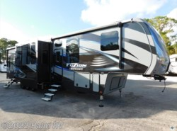 Used 2016  Keystone Fuzion 422 by Keystone from Palm RV in Fort Myers, FL