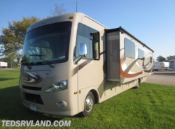 Used 2015  Thor Motor Coach Hurricane 34F by Thor Motor Coach from Ted's RV Land in Paynesville, MN
