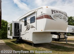 Used 2011  Jayco Pinnacle 36REQS