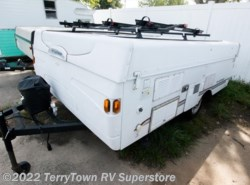 Used 2006  Fleetwood  Santa Fe by Fleetwood from TerryTown RV Superstore in Grand Rapids, MI