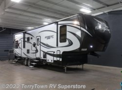New 2017  Jayco Seismic Wave 310W by Jayco from TerryTown RV Superstore in Grand Rapids, MI