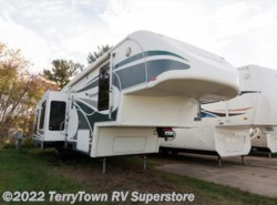 Used 2006  Glendale RV Titanium 34E39SD by Glendale RV from TerryTown RV Superstore in Grand Rapids, MI