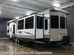 New 2017  Forest River Salem Villa Estate 4092BFL by Forest River from TerryTown RV Superstore in Grand Rapids, MI
