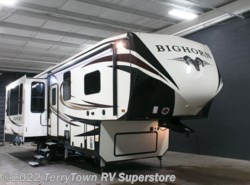 New 2017  Heartland RV Bighorn 3160EL by Heartland RV from TerryTown RV Superstore in Grand Rapids, MI