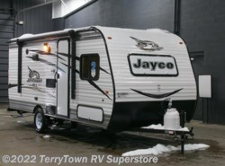 New 2017  Jayco Jay Flight SLX 174BH by Jayco from TerryTown RV Superstore in Grand Rapids, MI