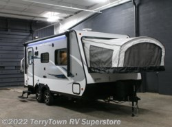 New 2017  Jayco Jay Feather X19H by Jayco from TerryTown RV Superstore in Grand Rapids, MI